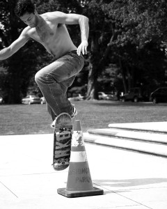 Skater doing a tip, representing these awesome WordPress tips and tricks for non-geeks and newbies.